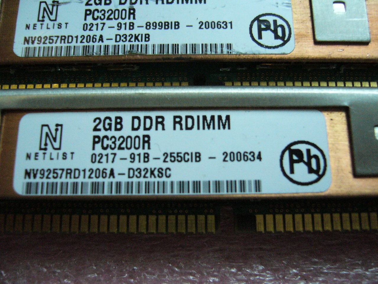 1x 2GB DDR PC-3200R 400Mhz CL3 ECC Registered Server Speicher IBM FRU 39M5851